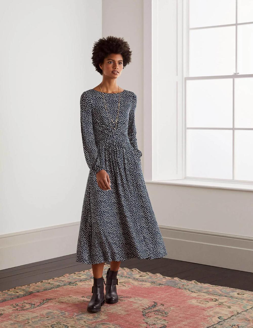 Frances Jersey Midi Dress Khaki Khaki Dress Midi Dress Inspired Dress [ 1292 x 1000 Pixel ]