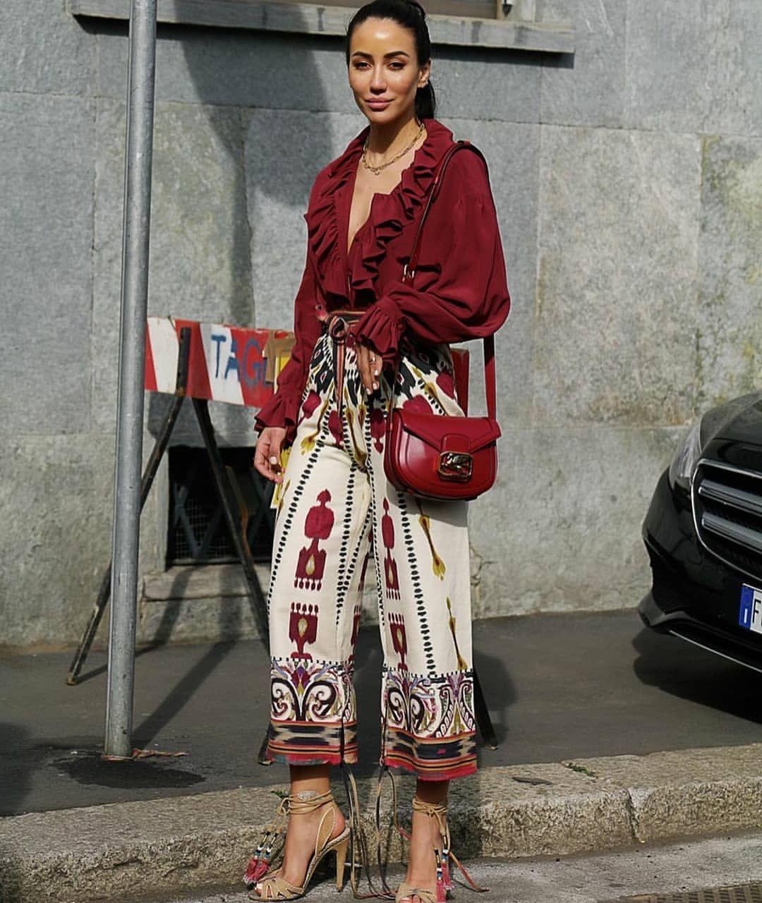 Details™ ⭐ #details #streetstyle #streetfashion #fashion #style #fashionstyle #trend #ootd #runway #fashionshow #glam #fashionworld…