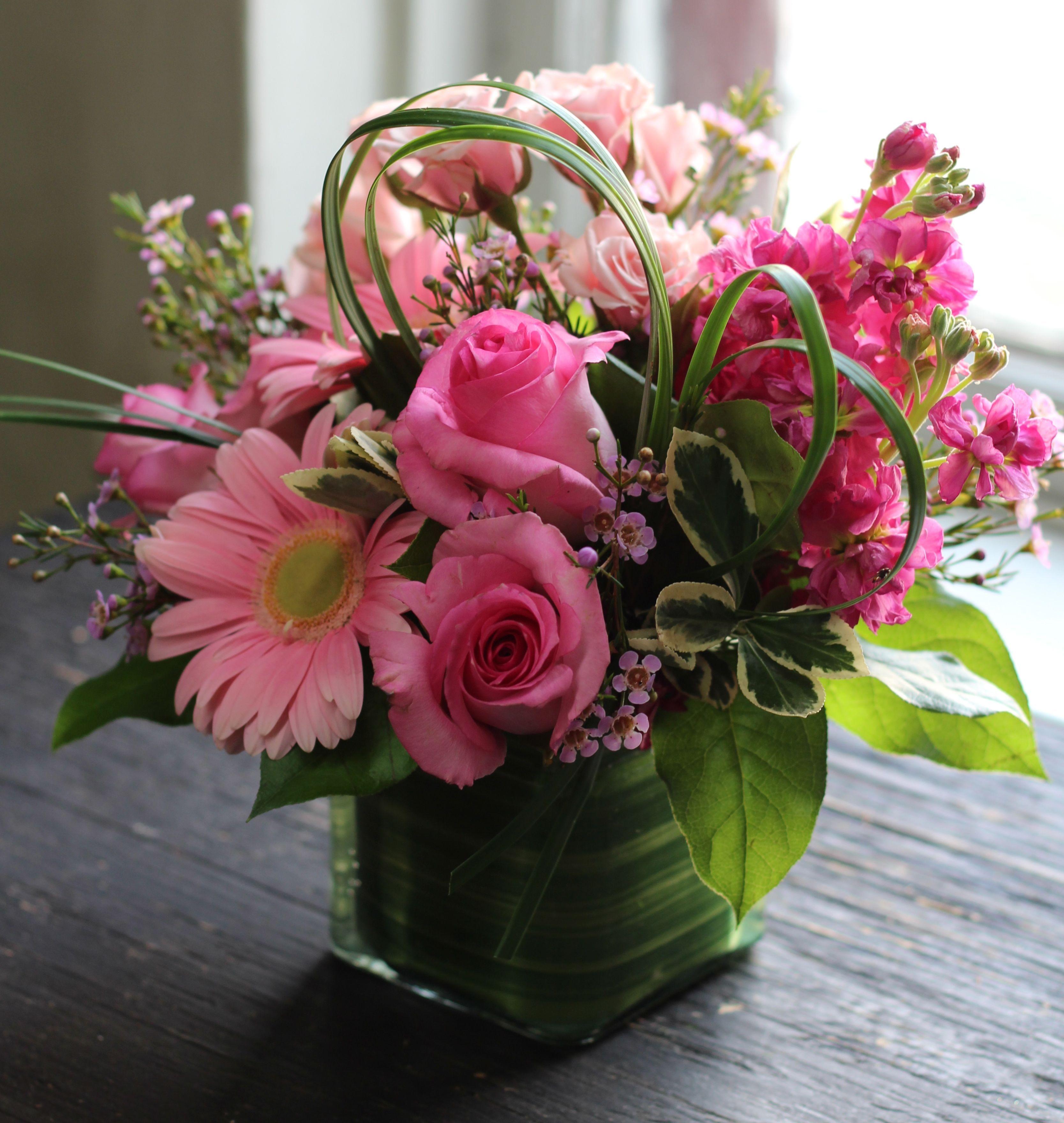 Pinkflowerarrangement floral pinterest beautiful flower pinkflowerarrangement beautiful flower arrangementsbeautiful izmirmasajfo