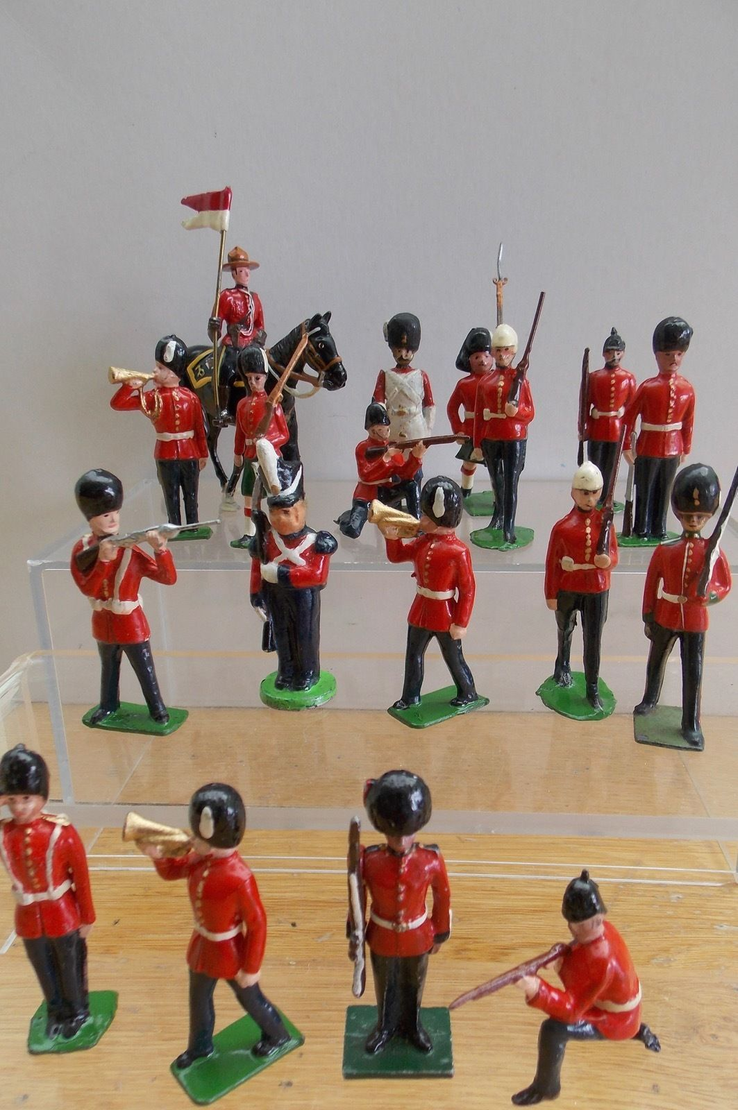 Britains hill plus job lot of british toy soldiers from