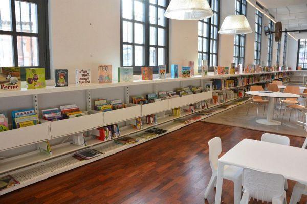 biblioteca publica Mañer?