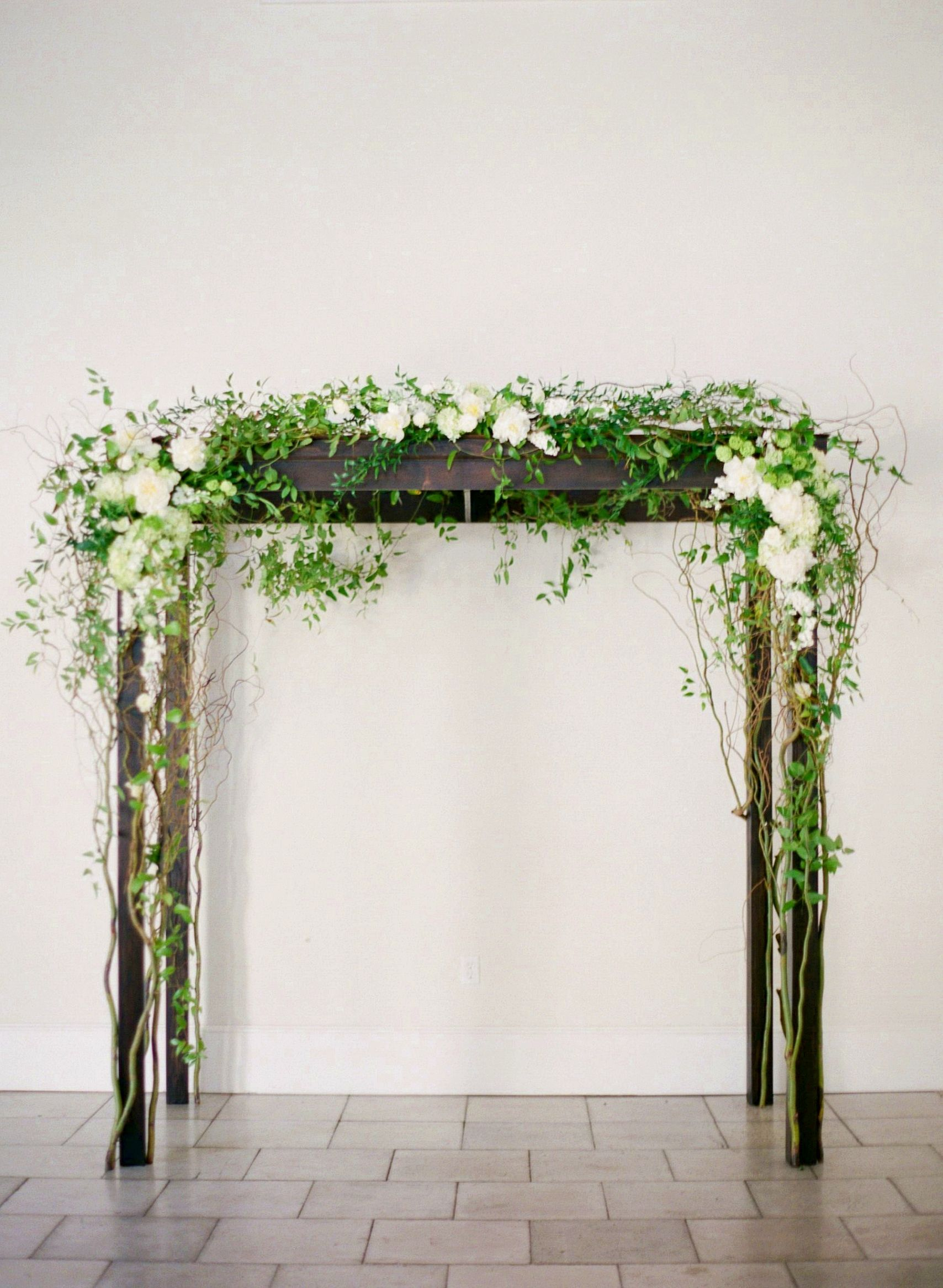 38++ Wooden wedding arch with flowers ideas