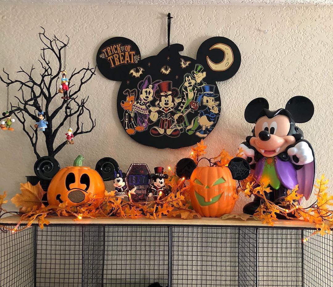 Mickey mouse halloween home decor