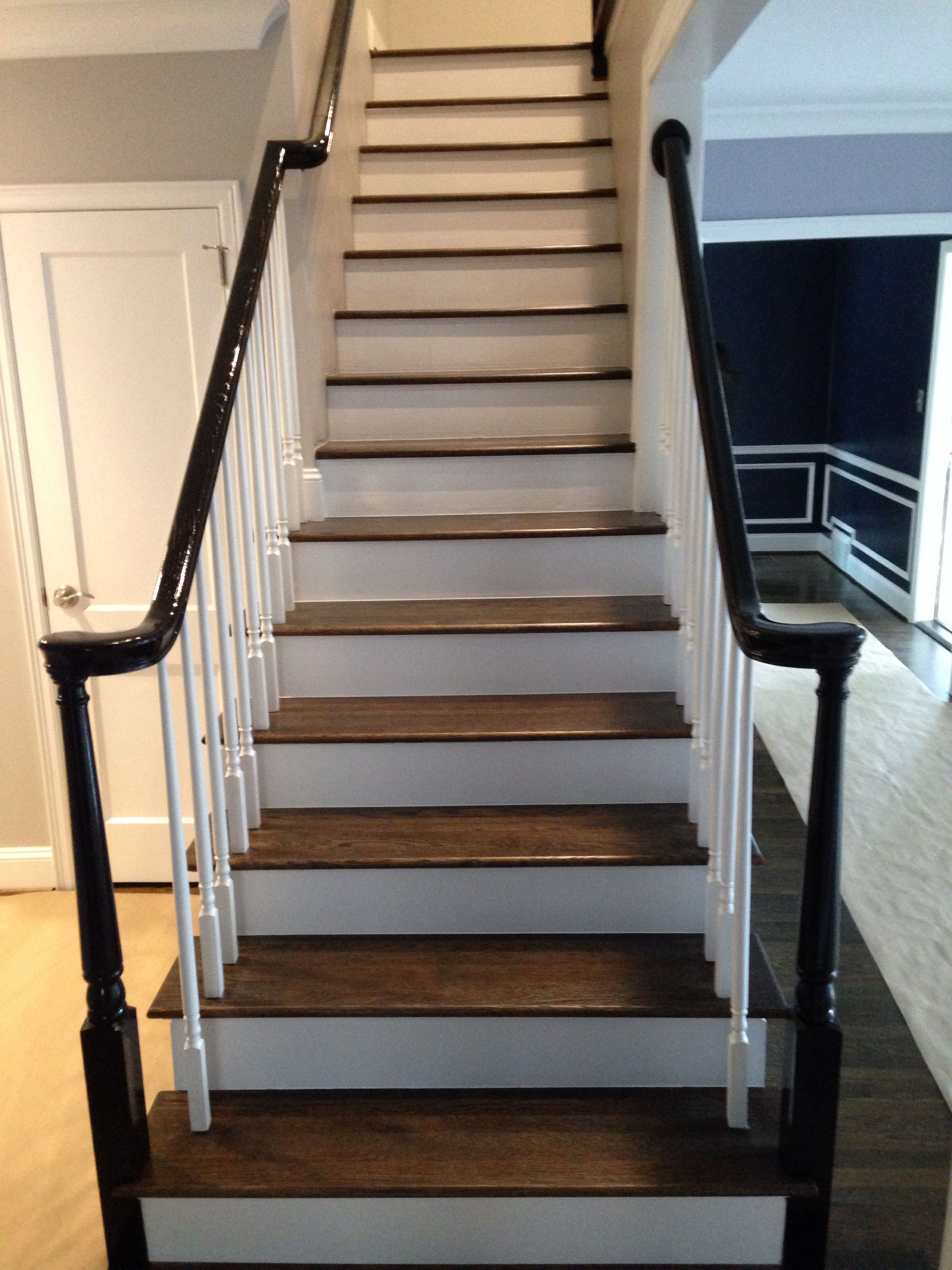 Best Hardwood Stairs With White Risers Hardwood Stairs White Stair Risers Stairs 400 x 300