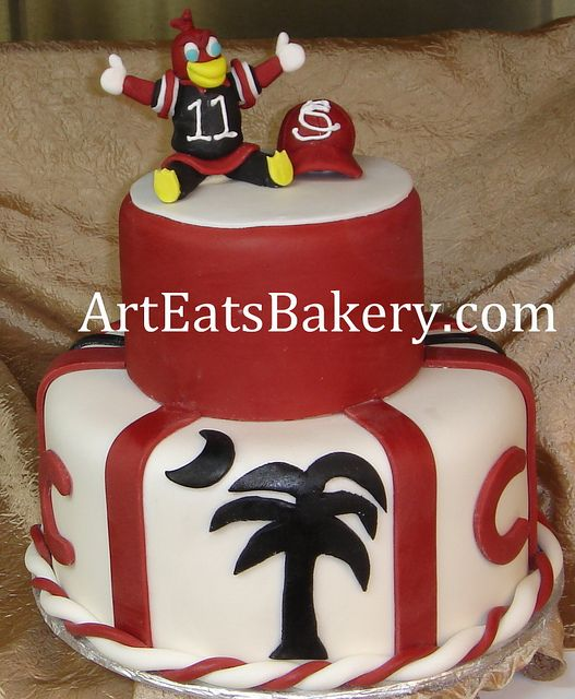 Usc Gamecock Two Tier Garnet And Black Fondant Cake With Palmetto
