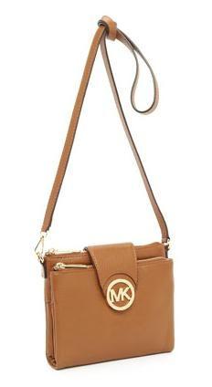 1c8da8624369 my favourite MK bag this season. built-in wallet | Clothes Clothes ...