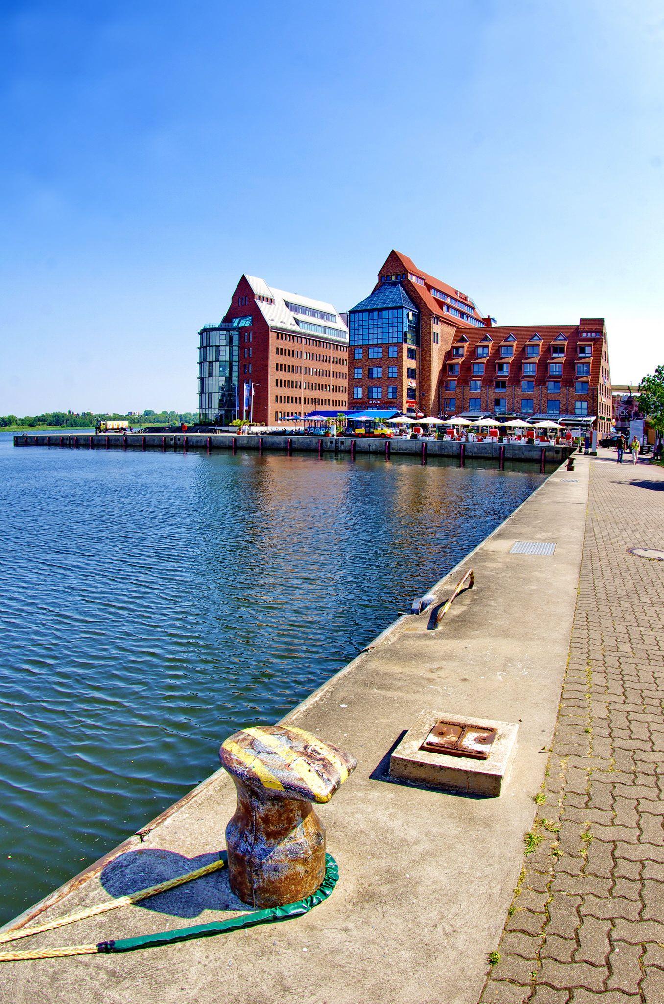 Rostock Allemagne Aout 2015 53 Stadthafen Am Strande Rostock City Explore