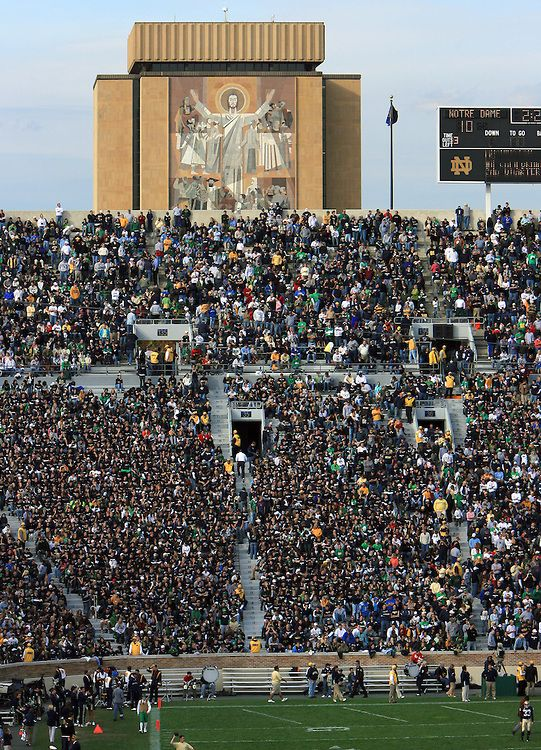 Notre Dame Stadium And Touchdown Jesus Notre Dame Fighting Irish Football Notre Dame Fighting Irish Notre Dame Football