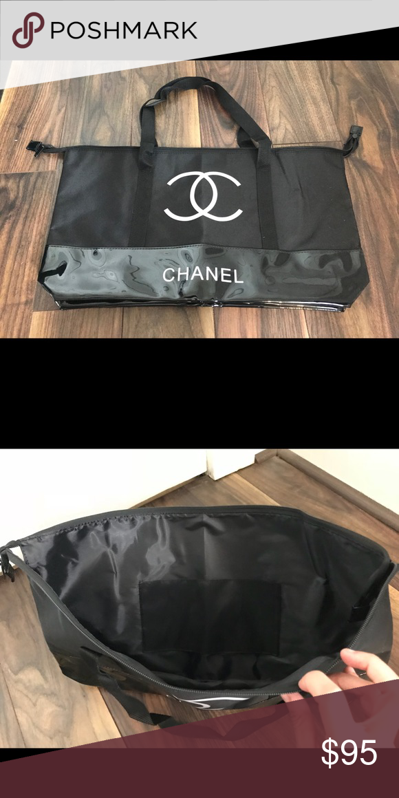 3aca19e8bad0 Chanel VIP gift tote bag. This is a VIP bag given as gifts for Chanel