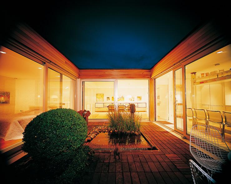 Flachdachbungalow Modern flachdachbungalow mit atrium lichtdurchflutete räume bungalow and