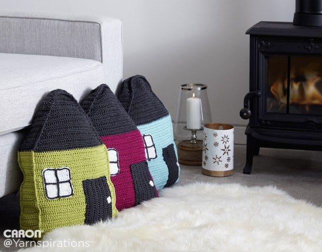 Caron Cozy Cottage Crochet Pillow | Crochet pillows | Pinterest ...