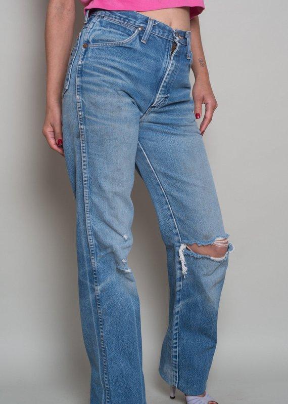 a2b41259 1980s// WRANGLER High Waist Straight Leg Worn In Denim Jeans// 28