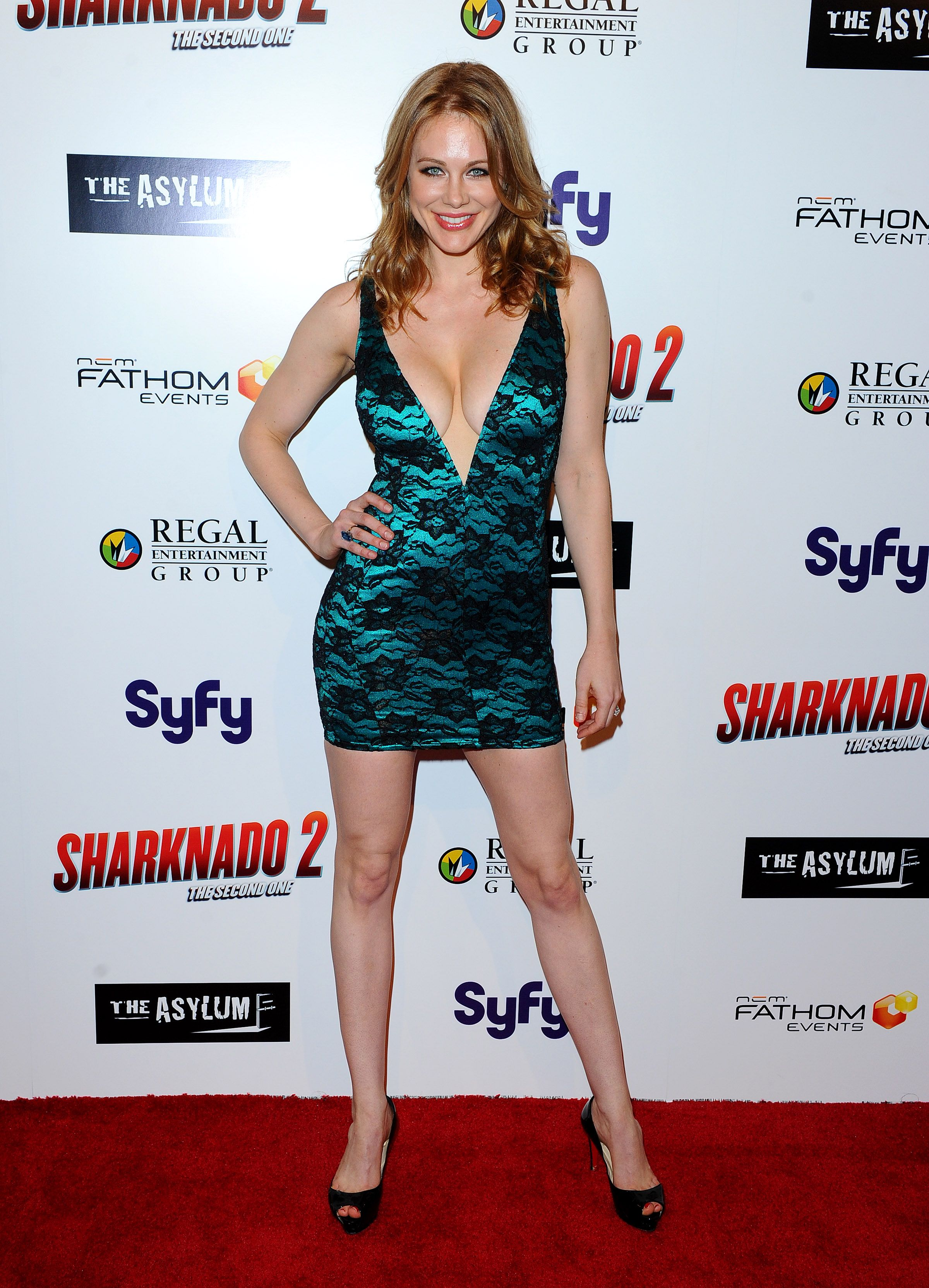 Paparazzi Maitland Ward naked (67 photos), Cleavage