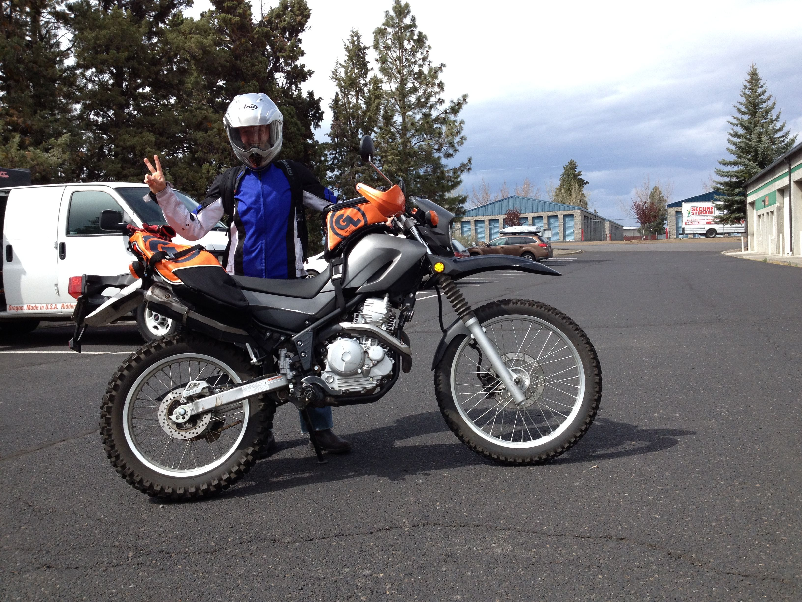 Xt250 With Giant Loop Saddlebags Riding Pinterest Tw200
