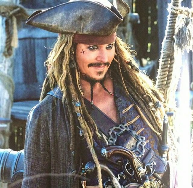 Pin By Ang Best On Pirates Of The Caribbean Pirates Of The Caribbean Johnny Depp Pirates