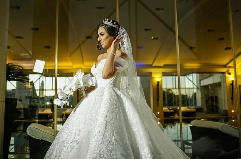 fab Jordanian bride in Michael Cinco | 500+ Images of the Most ...