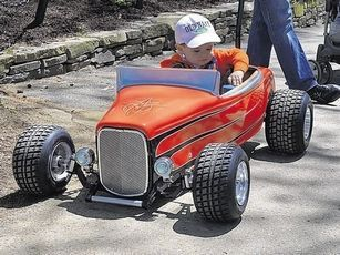 Scooters . Pedal CarsRat ... & Pin by T FUEL on PEDAL CARS | Pinterest | Pedal car Cars and 32 ford markmcfarlin.com