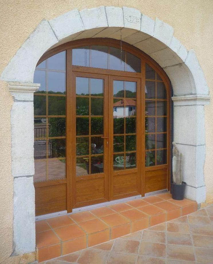 Porte Fenêtre Cintrée PVC Imitation Bois. Un Projet De Menuiseries à  Rénover ? Chiffrez-