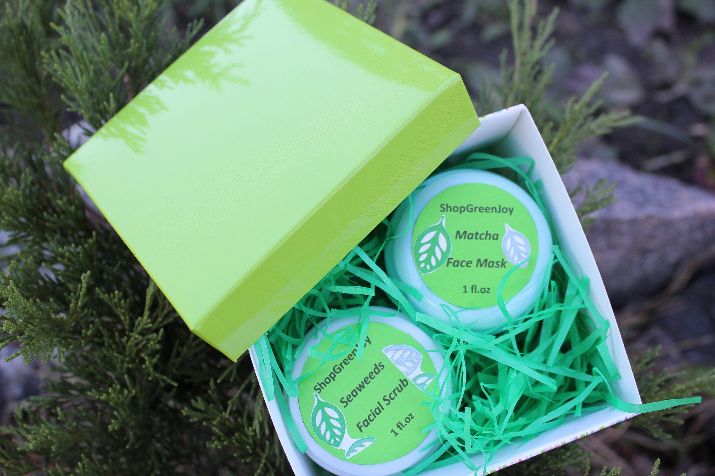 Mini Beauty Box Matcha face mask Seaweeds Face Scrub Green