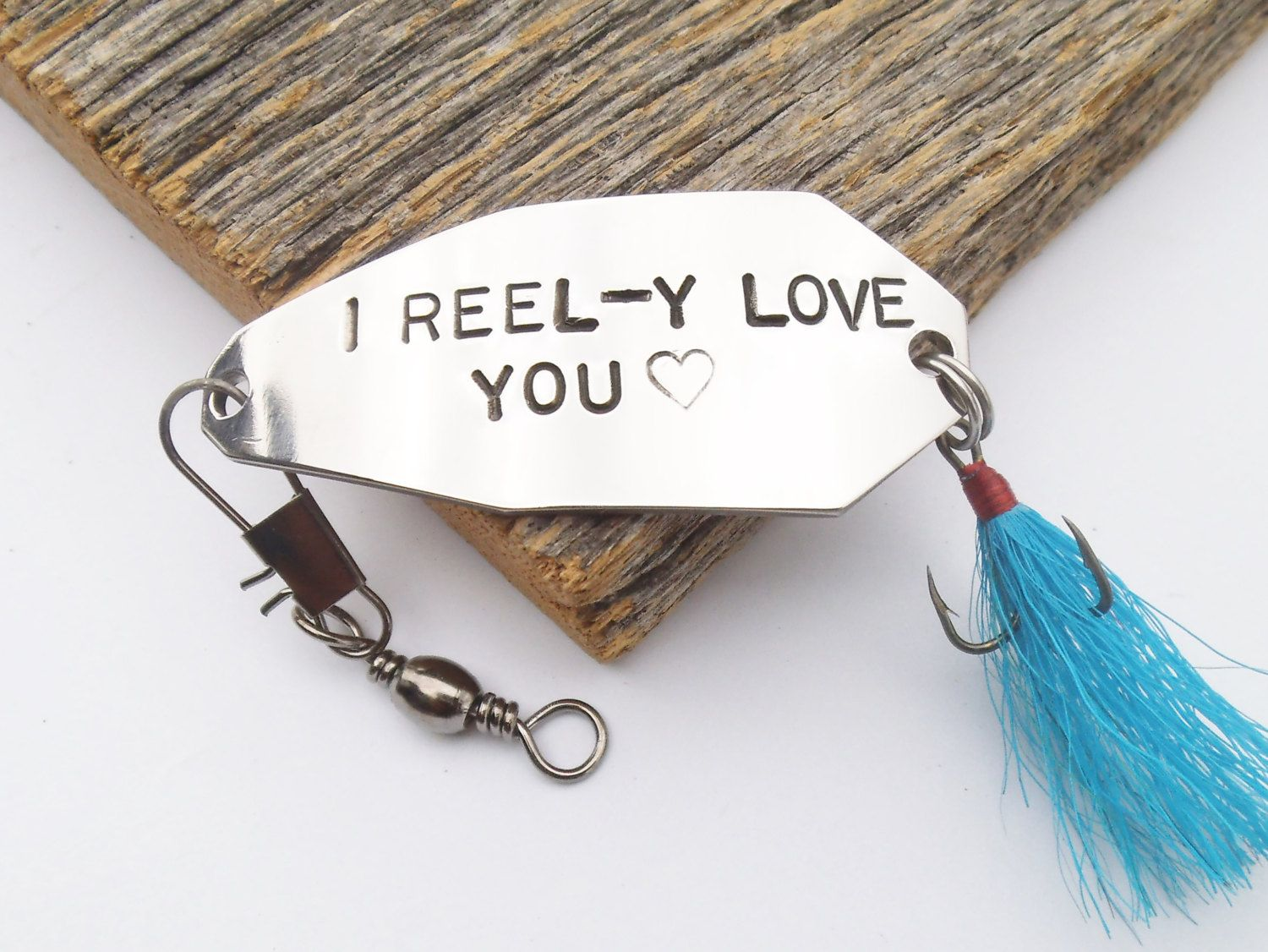 Best Last Minute Wedding Gifts: Personalized For Him Fishing Lure I Love You Gift For