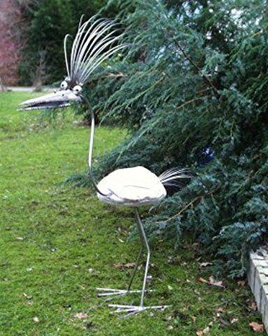 Kunigunde Gartenfigur und Gartendeko als Steinvogel aus Edelstahl - gartendeko aus stein und metall