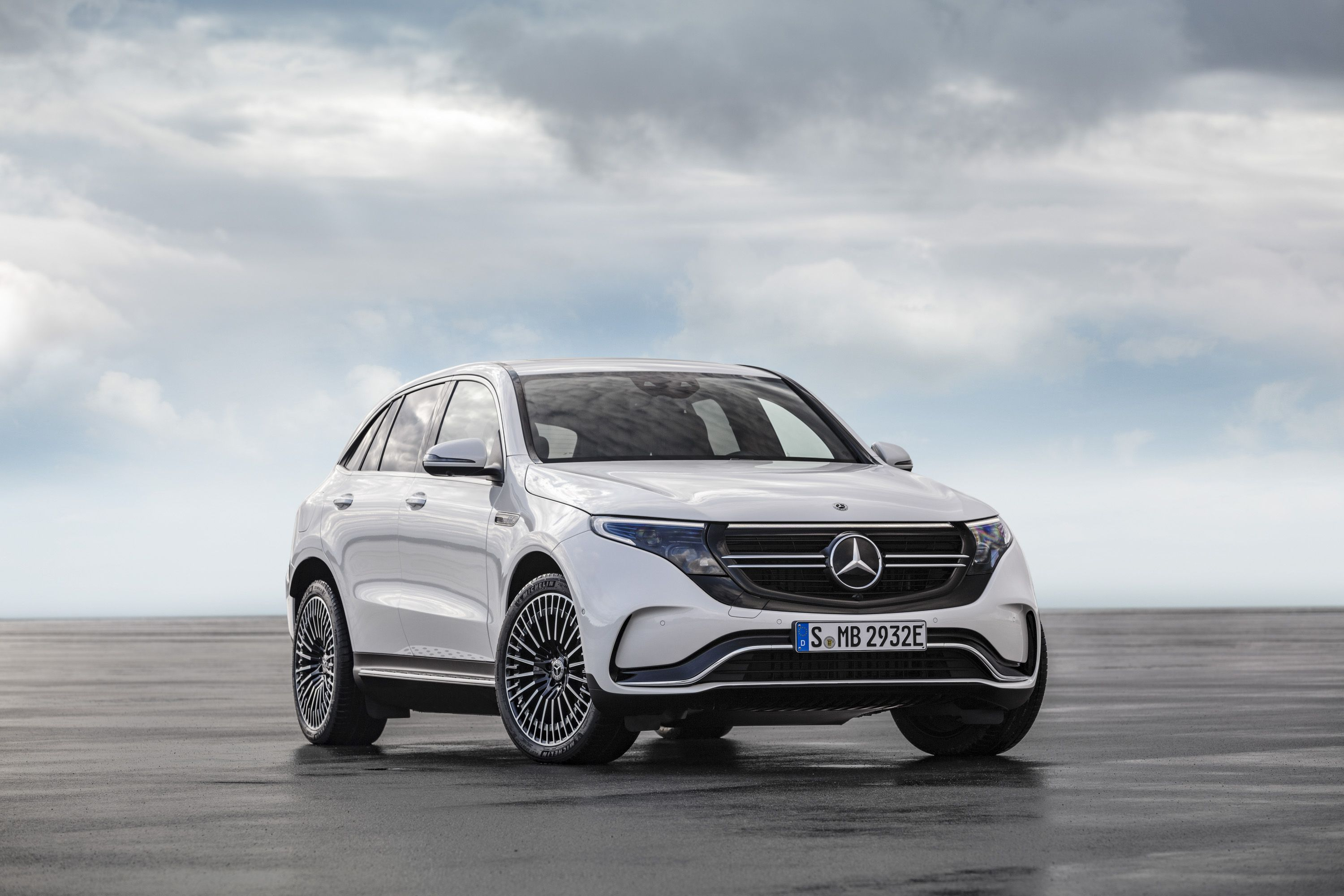 All New 2020 Mercedes Benz Gle Suv Bows In Paris With Images
