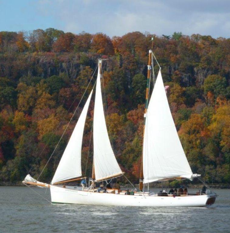Beautiful sailing boat nyc