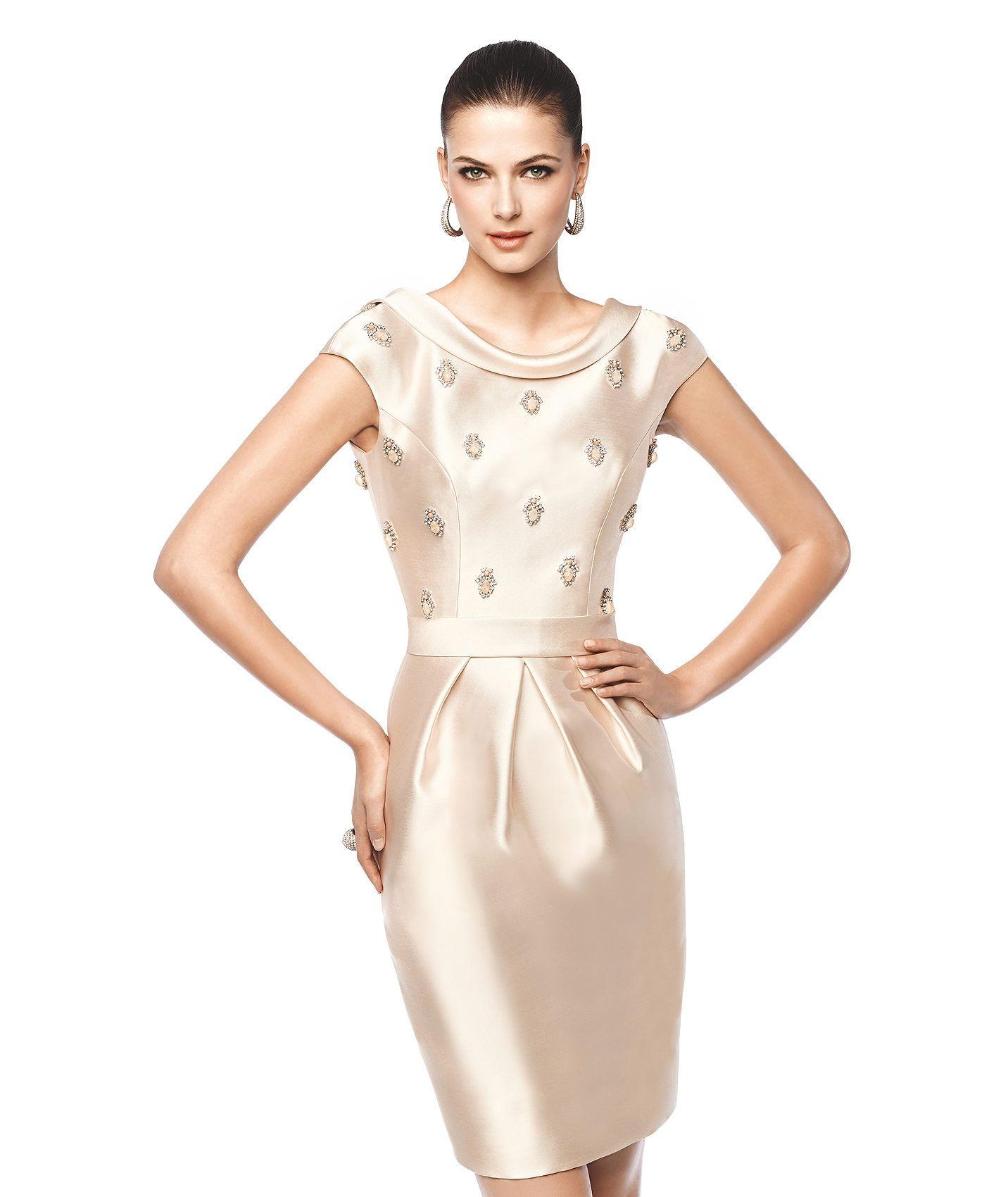 37b2b13c3 NAIARA - Vestido de fiesta corto (cóctel) color claro. Pronovias 2015