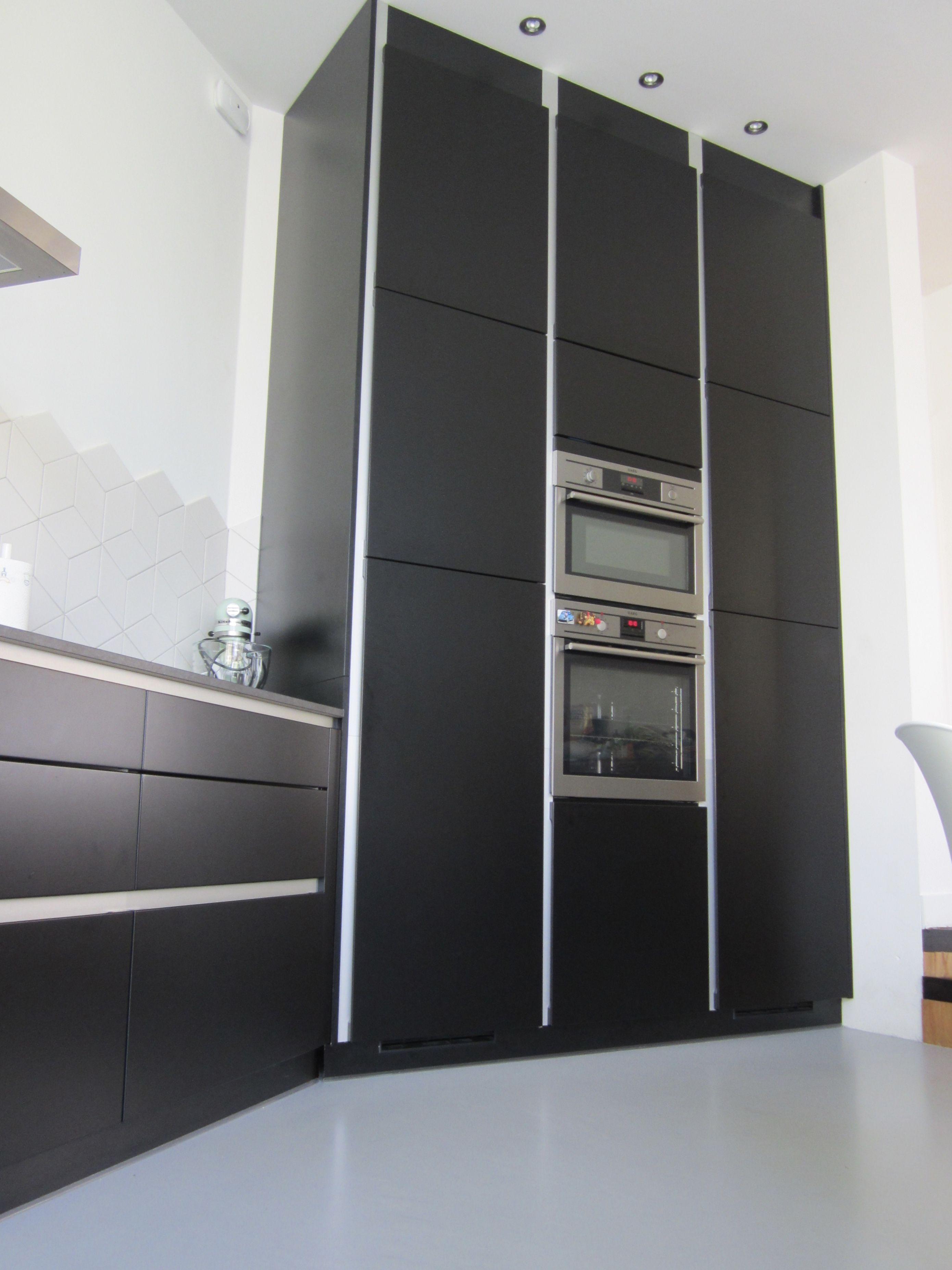 Verbazingwekkend Hoge kastenwand zwarte keuken   Keuken, Wateringen, Huis AS-43