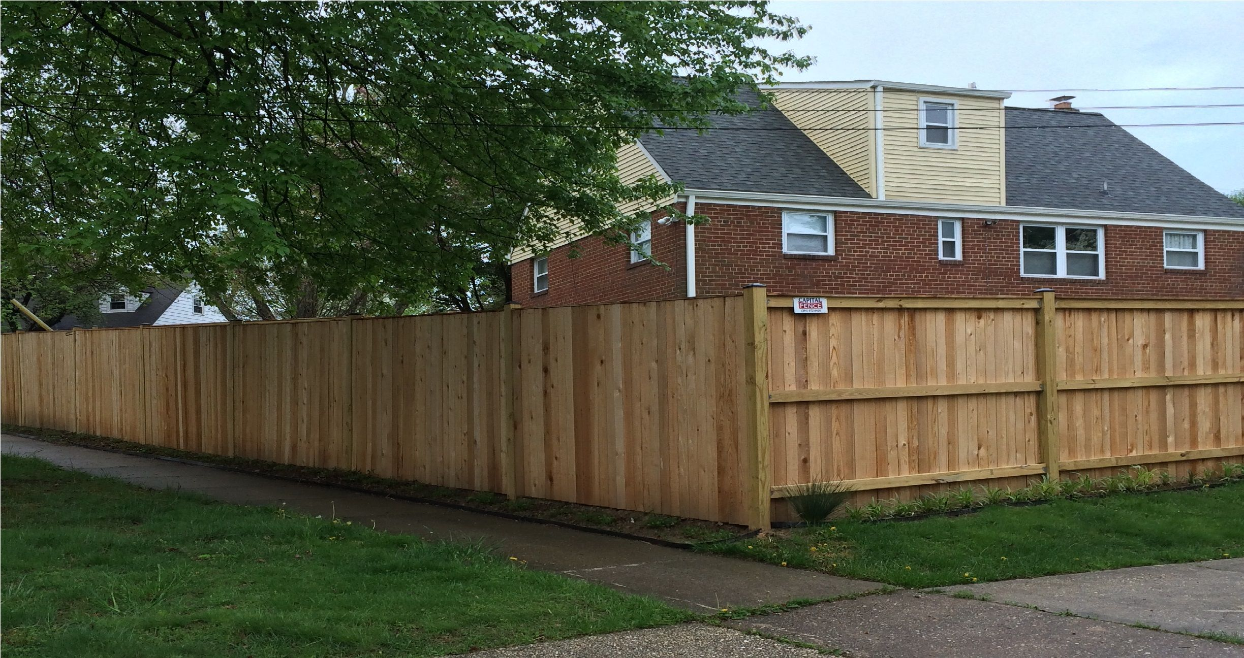 Western Red Cedar Fence Inside Out Or Right Side Out With