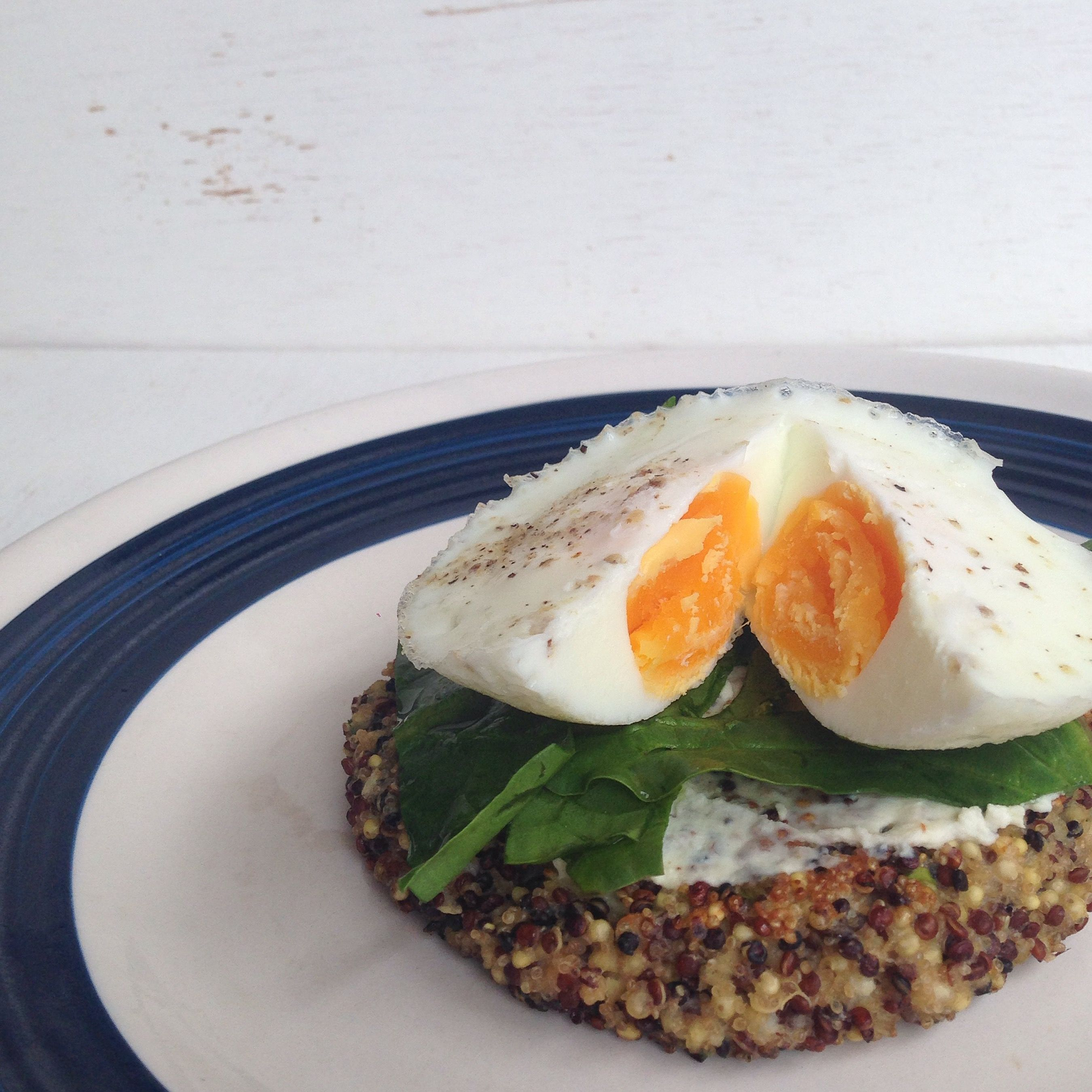 Quinoa cakes para el desayuno - Gastroglam