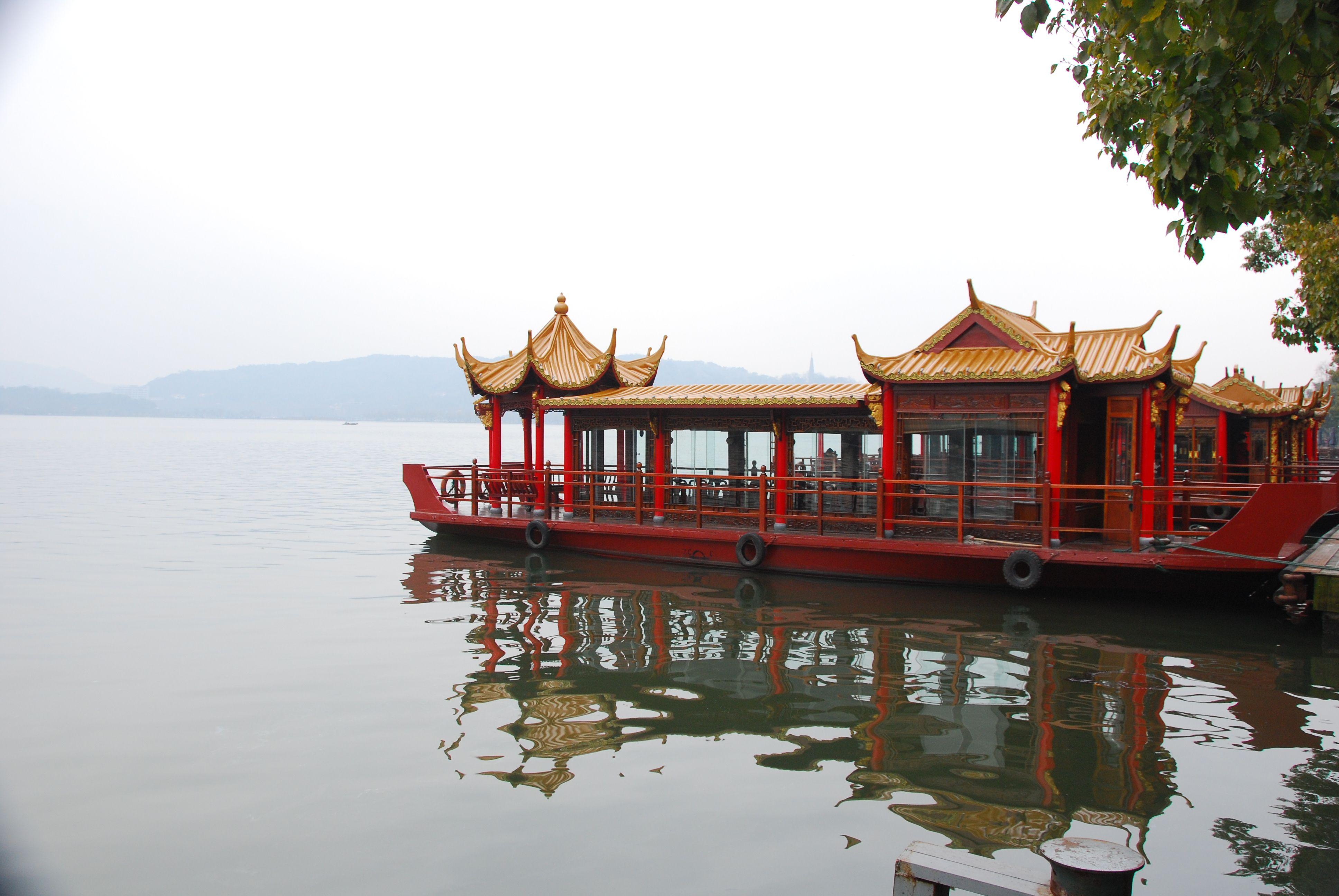 hangzhou_westlake_boat