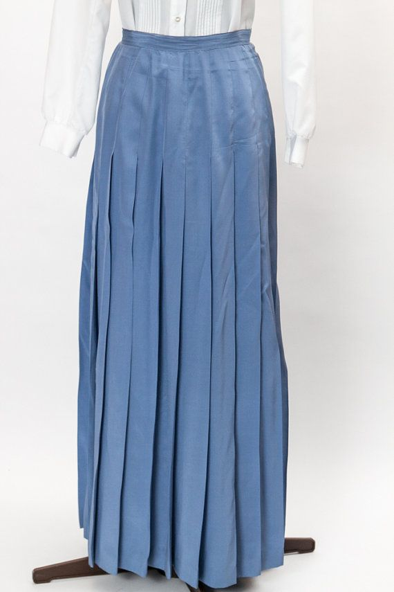 Beautiful vintage periwinkle blue long by ChronicallyVintage