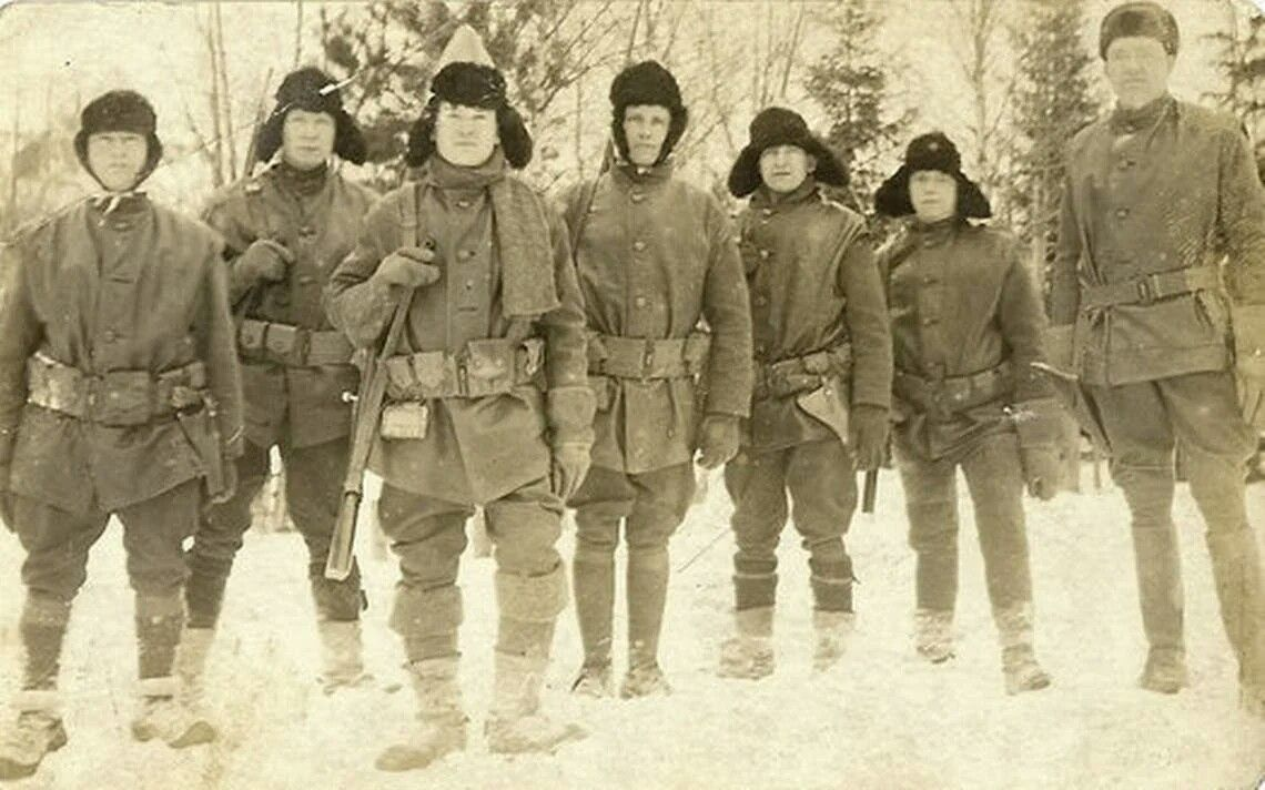 American Expeditionary Force soldiers fighting in Russia