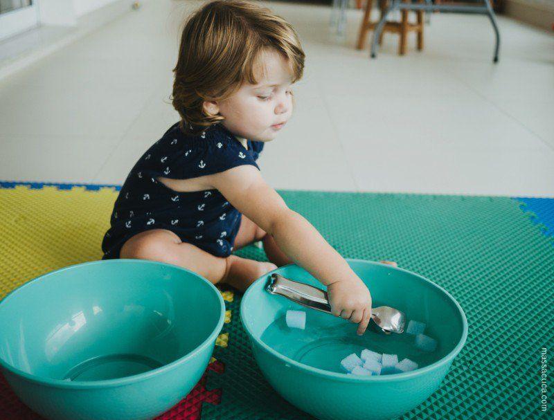10 Brincadeiras Sensoriais Para Criancas Maiores De 2 Anos