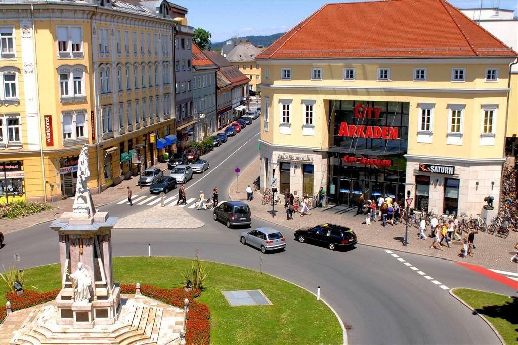 City Arkaden Klagenfurt | Guess