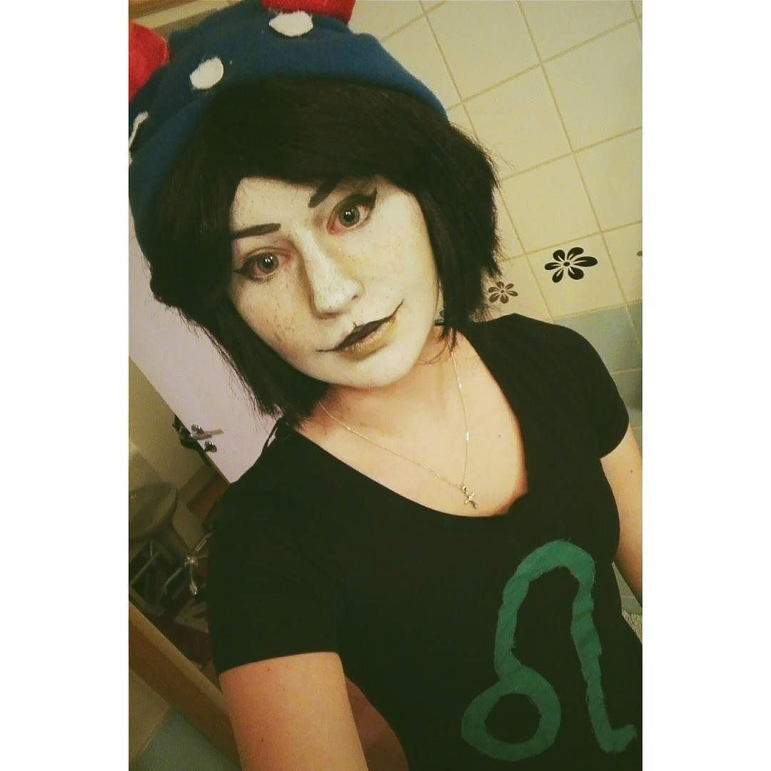 I finally got courage to post something. I'm trying to update my Nepeta-makeup even though I don't have any false lashes or contact lenses right now.  #cosplay#finnishcosplayer  #homestuck#nepeta#nepetaleijon#homestuckcosplay#nepetacosplay#potato #makeup #cosplaymakeup