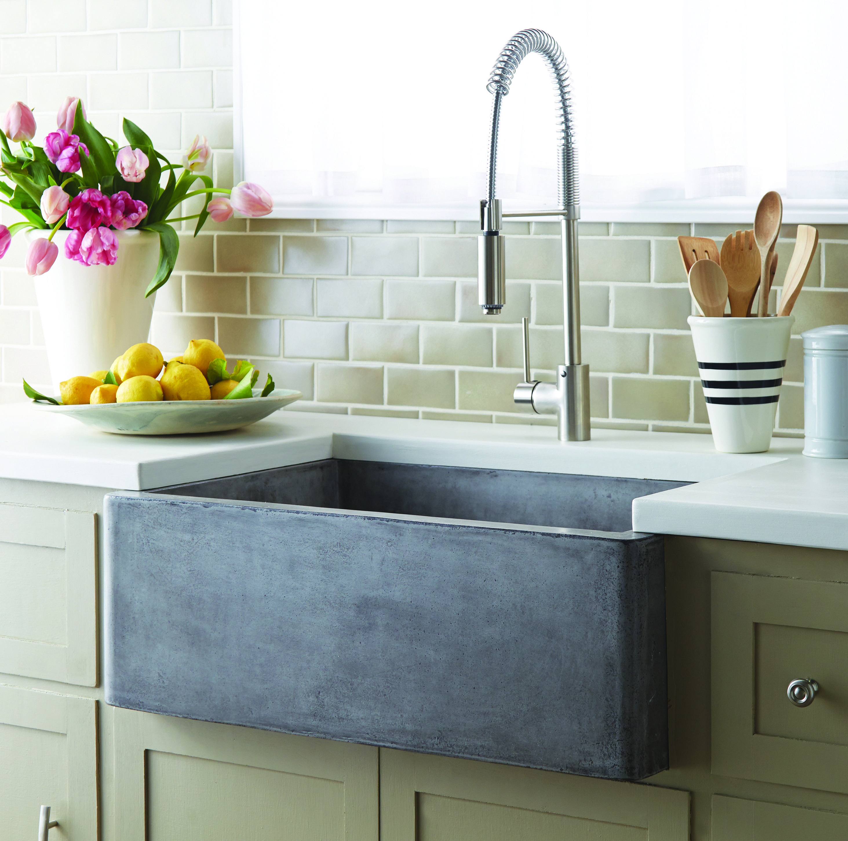 Farmhouse 30 Sets A Precedent For Popularity This 30 Inch Single Basin Farmhouse Sink Offers A Desirab Stone Sink Kitchen Farmhouse Sink Kitchen Stone Kitchen