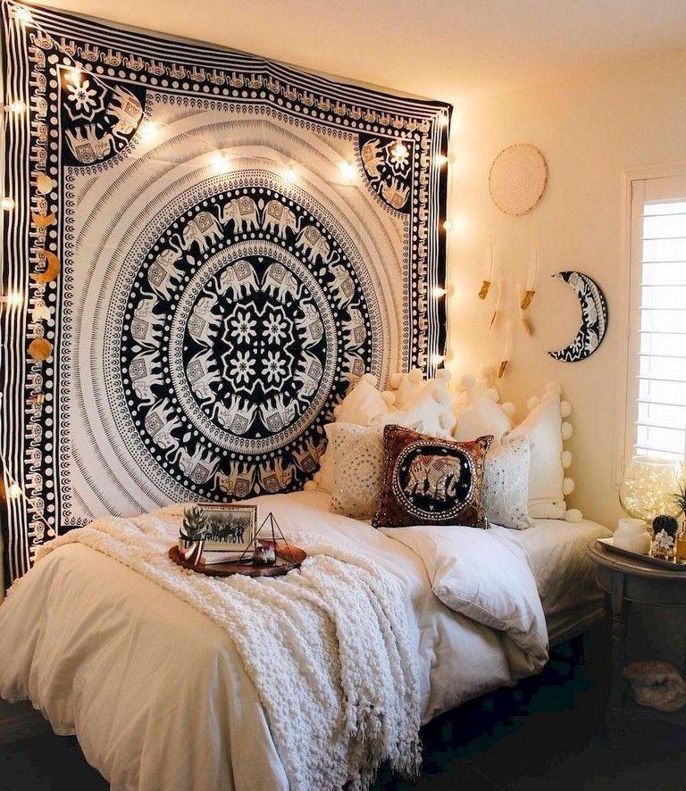89 Cozy Romantic Bohemian Style Bedroom Decorating Ideas