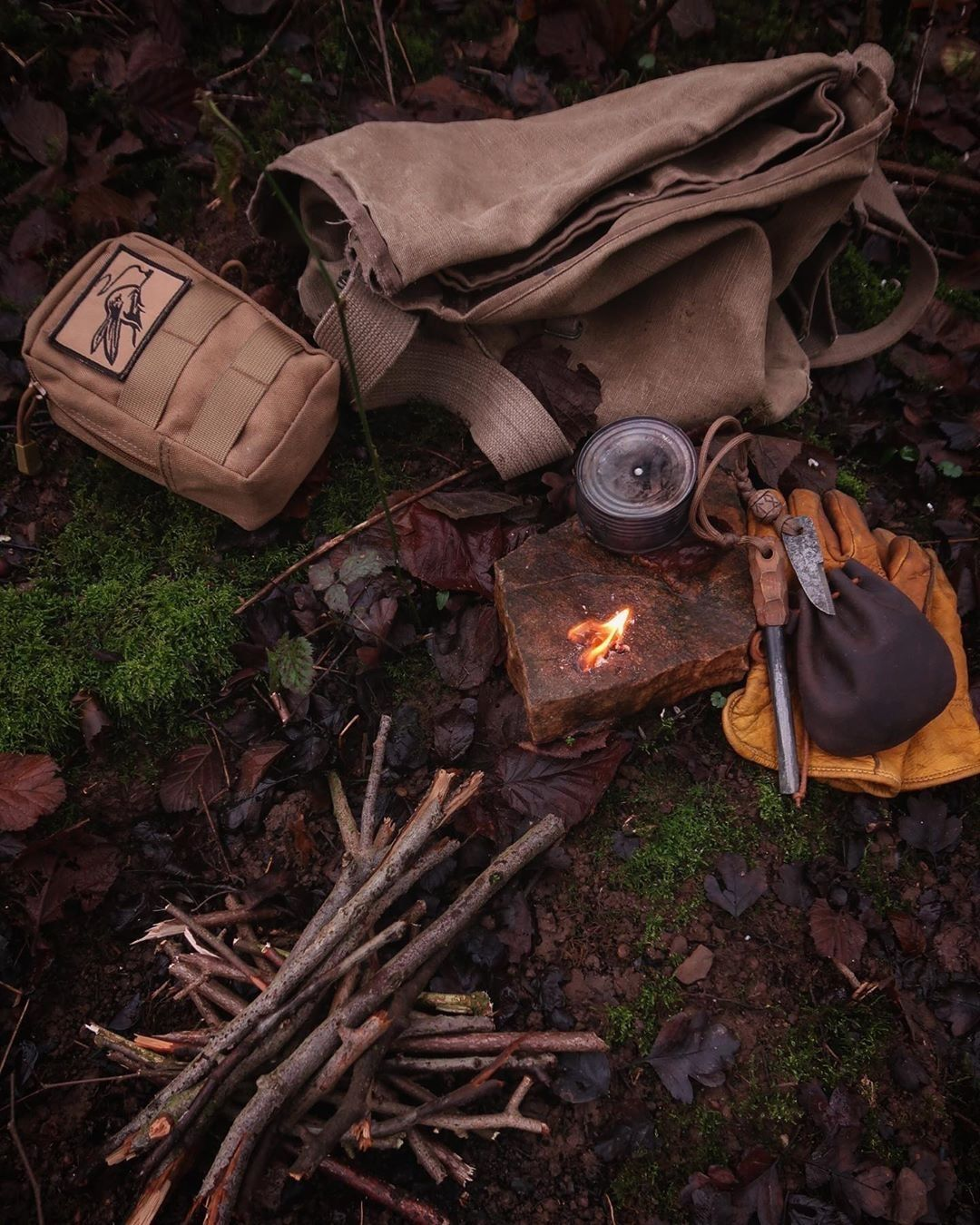 Bushcraft en 2020 Couteau bushcraft, Materiel camping