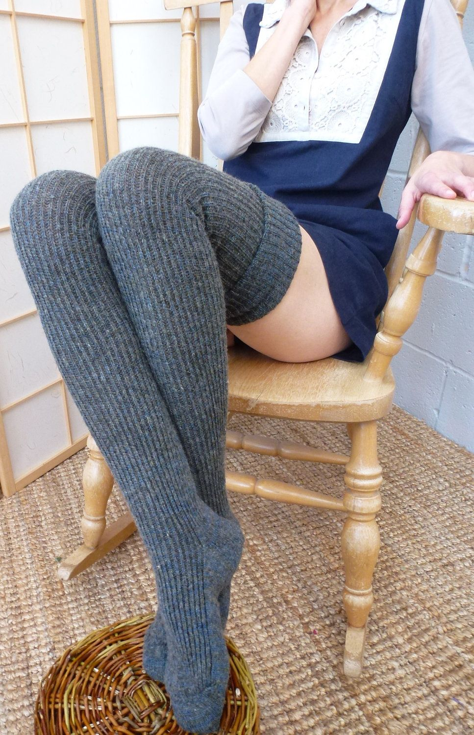 thigh high knitted wool socks extra long 25 cm foot 100cm leg eu 37 to42 mid grey. Black Bedroom Furniture Sets. Home Design Ideas