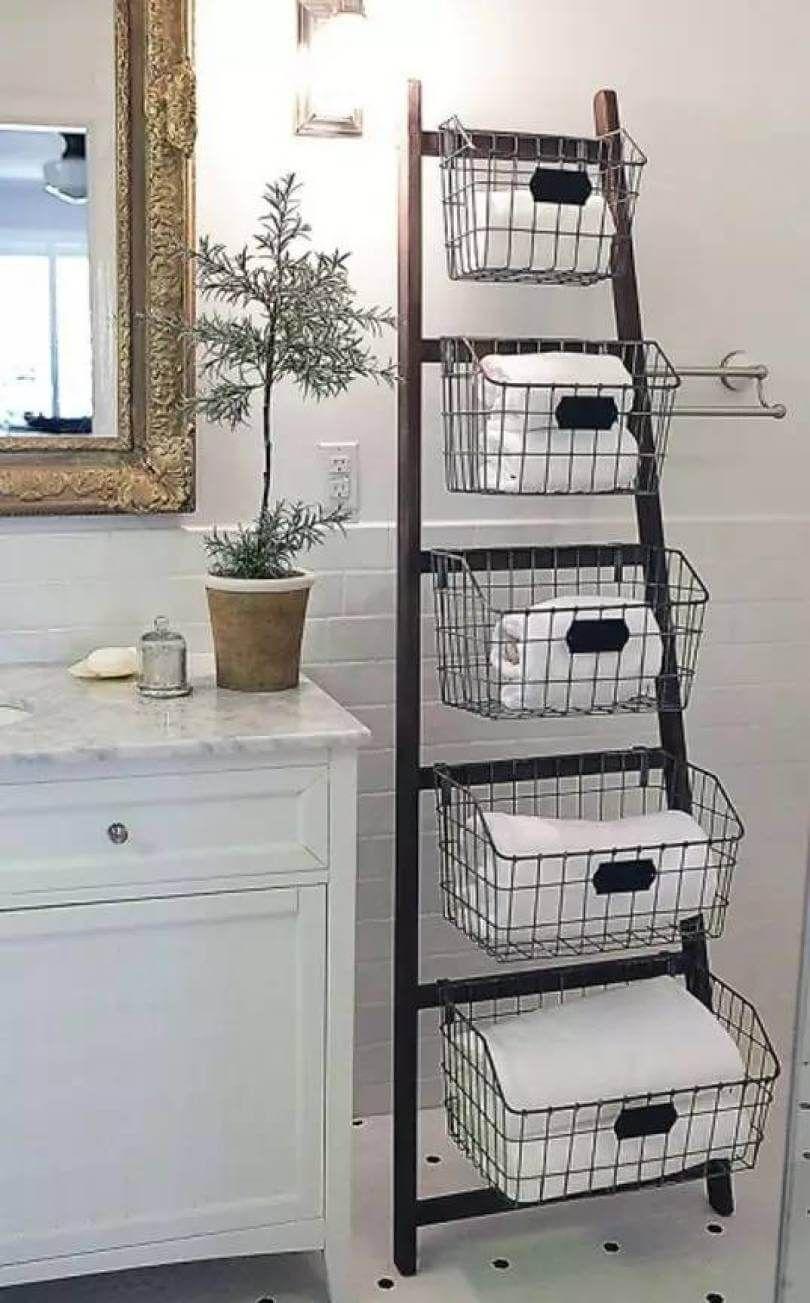 34 Space Saving Towel Storage Ideas For Your Bathroom Casa Fai Da Te Decorare Scale Arredamento Casa