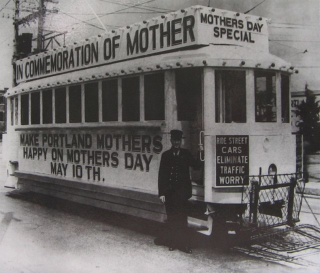 Mother's Day streetcar, 1936