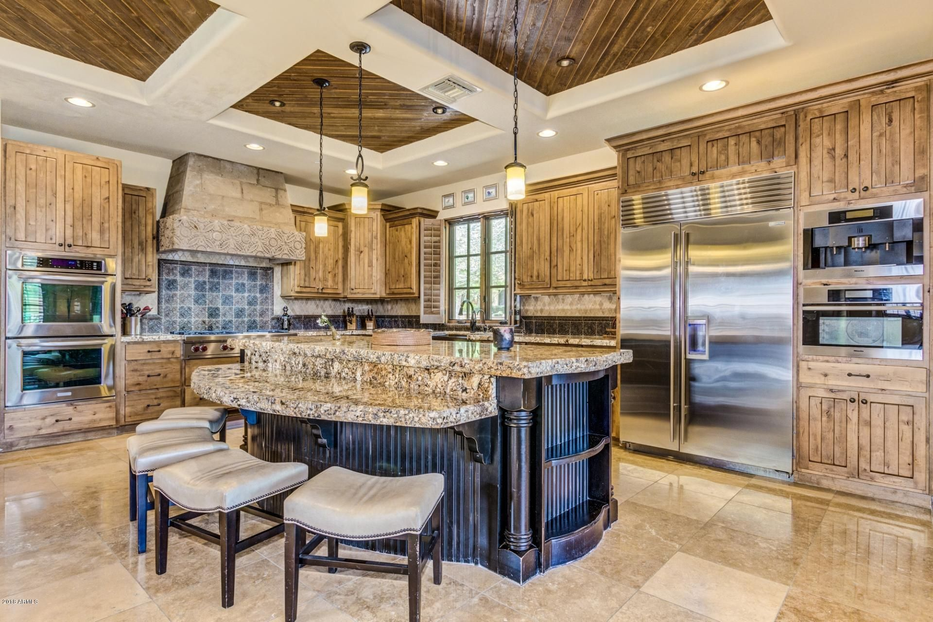 Search North Scottsdale Cave Creek Carefree Az Real Estate Platinum Realty Network Kitchen Interior Design Modern Interior Design Kitchen Coffered Ceiling