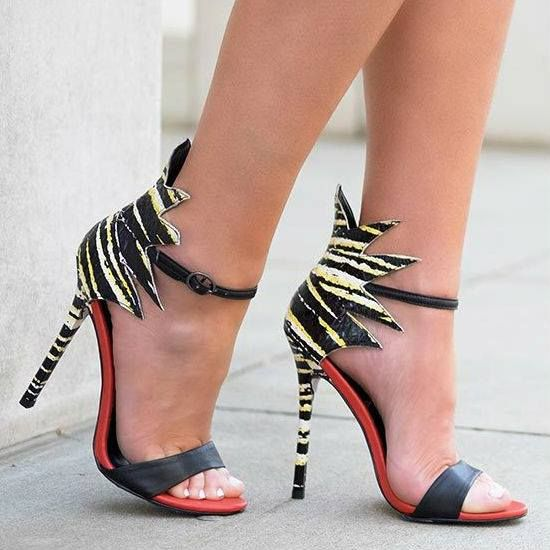 Fashiontrends4everybody: NEW HIGH HEELS DESIGNS