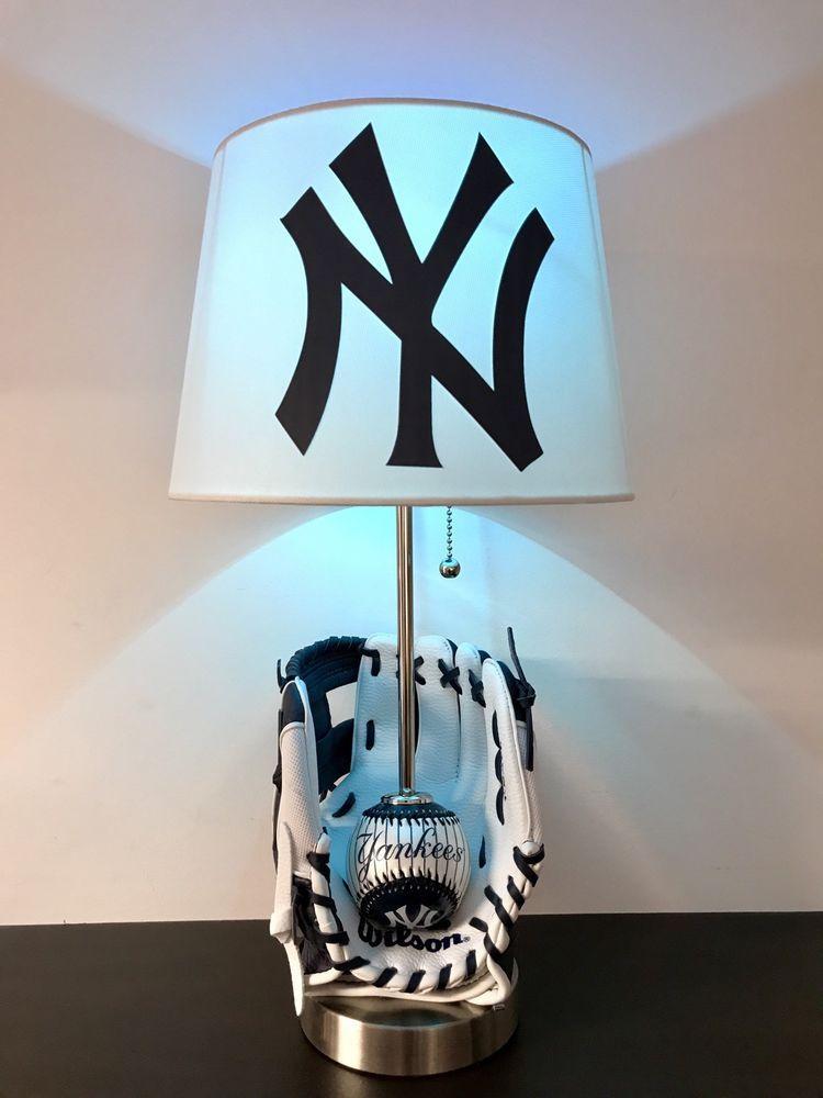 New York Yankees Lamp Baseball Lamp Mlb Sports Light Baseball Glove Light Ebay Baseball Lamp Yankee Bedroom Baseball Table