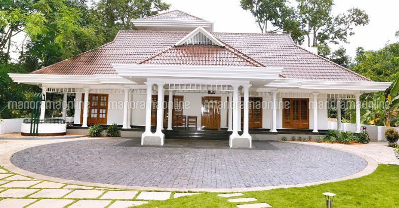 Image Result For Renovation Of Old House In Kerala Kerala House Design Best Exterior House Paint Kerala Traditional House