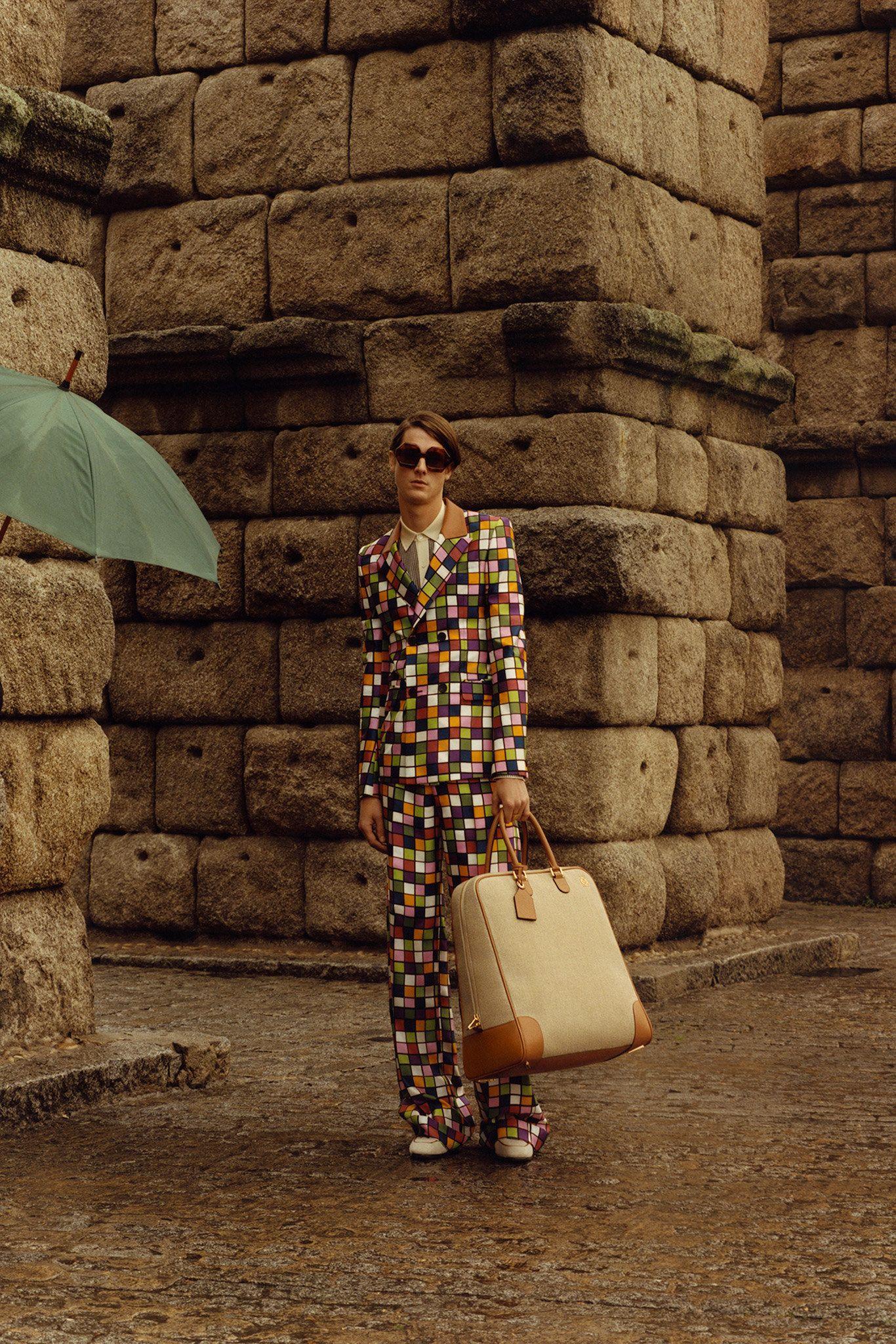 Loewe Fall 2015 Menswear Collection Photos - Vogue