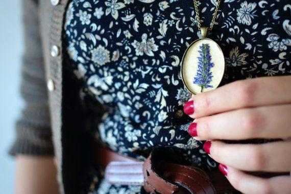 Woodland pendant