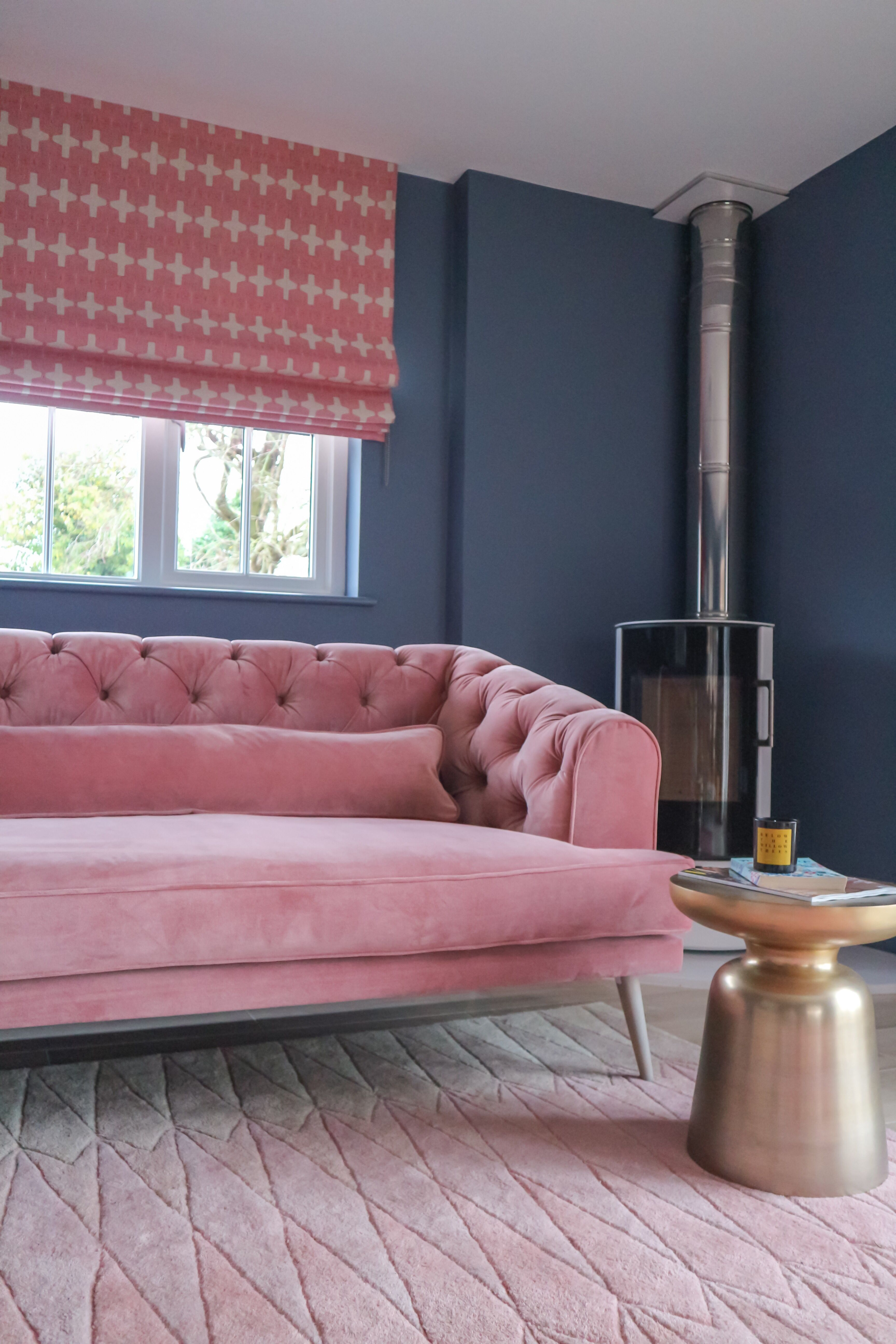 The design experts at hgtv have simple tips and innovative design ideas to help you decorate behind your sofa. Pink and blue living room design | Living room designs ...